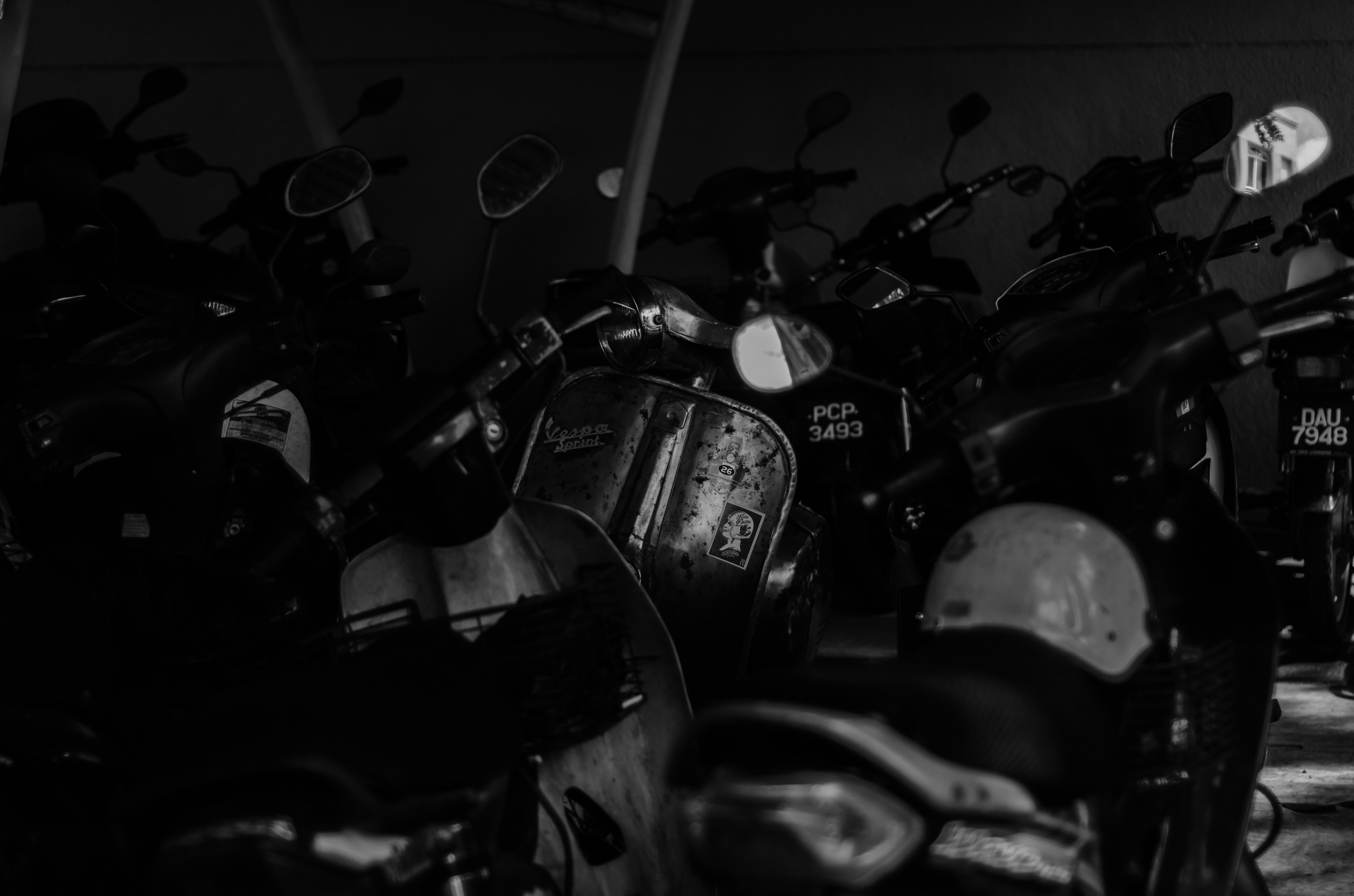倉庫にあるバイク